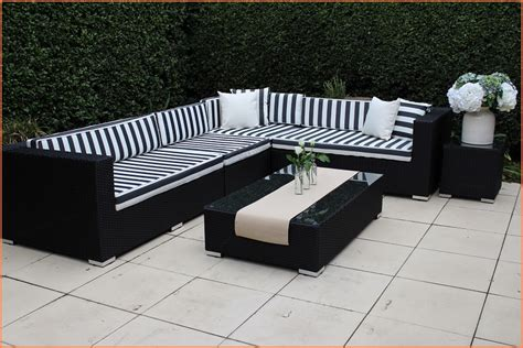 Black And White Outdoor Furniture   [peenmedia.com]