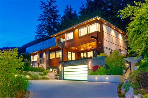 alpine court west vancouver homes  real estate