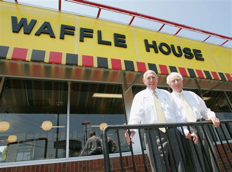 chicago waffle house waffle house co founder joe rogers sr dies at 97 chicago tribune