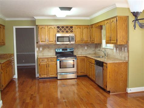 Flooring And Countertops by Materials For Countertops Options Kitchen Ninevids