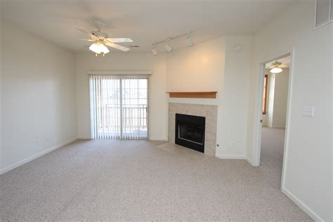1 bedroom apartments bloomington in meadowcreek garden terrace i one bedroom apartment rental