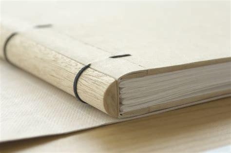 libro wounding m 225 s de 25 ideas incre 237 bles sobre libros modificados en libro de arte alterado libro