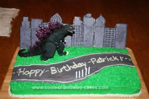 throw back king kong and godzilla cake birthday boy pinterest cool homemade godzilla birthday cake