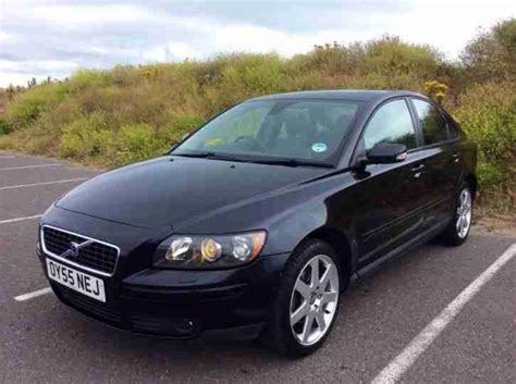 volvo s40 2005 manual volvo s40 se 2005 petrol manual in black car for sale