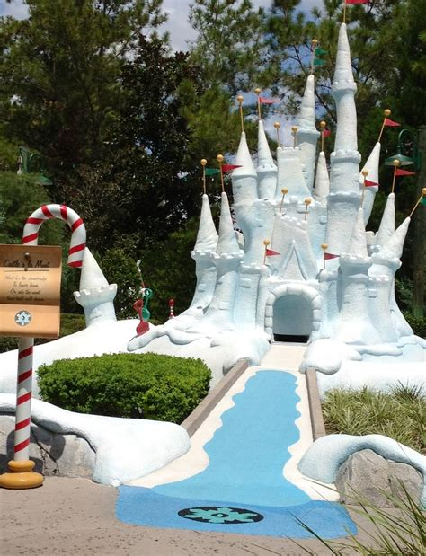 backyard miniature golf snow castle mini golf hole diy backyard mini golf course