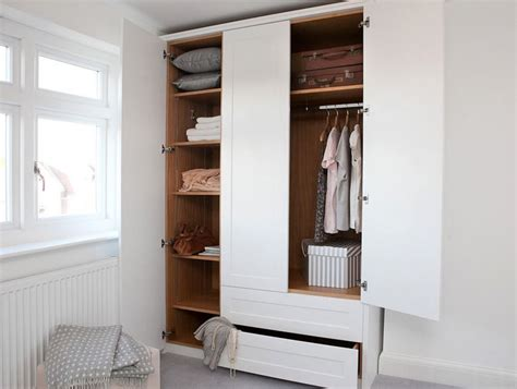 Small Wardrobe Closet Organize Your Closet With A Capsule Wardrobe