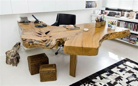 Schrankkoffer Selber Bauen by Baumstamm Tisch Der Eyecatcher Im Rustikalen Wohnzimmer