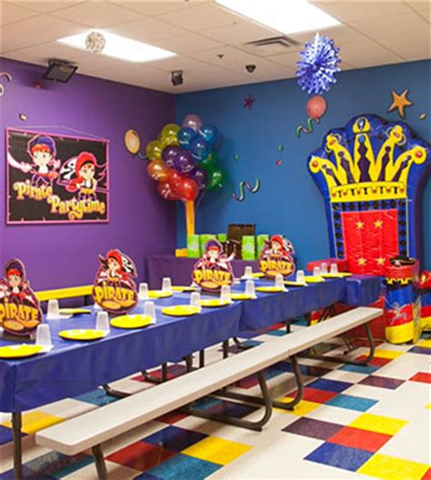 room it up chicago indoor bounce house attractions and pictures it up
