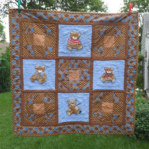 Patchwork Quilt Patterns For Boys - hooked on needles jungle animal baby quilt and easy