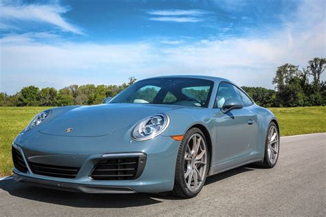 blue porsche 2017 2017 porsche 911 taps into all that is chicago tribune