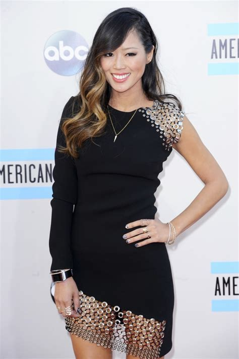 what size is aimee song aimee song picture 1 2013 american music awards arrivals