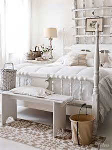 farmhouse style bedroom 48 cozy and inviting farmhouse bedrooms comfydwelling com