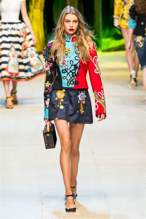 2017 summer style stella maxwell on the runway at dolce gabbana spring