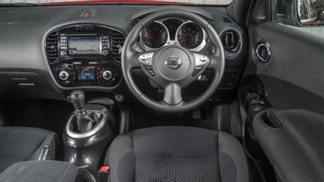 nissan juke grey interior nissan juke suv review carbuyer