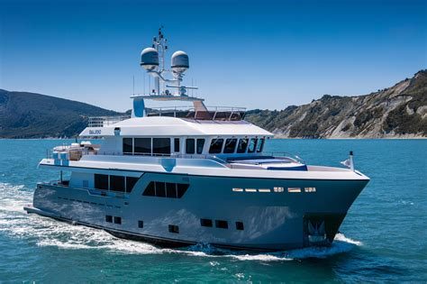 boat dealers darwin 2018 cantiere delle marche darwin class 102 power new and