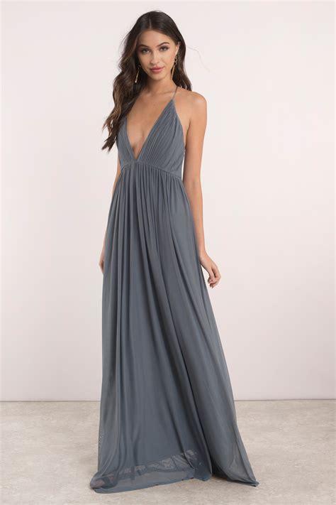 Dres V mauve dress pleated dress v dress sweep dress