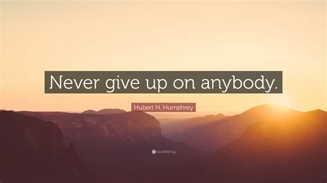 H 190906 Never Give Up quotes of never giving up quotes of the day