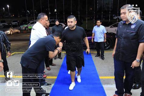 Mahkota Prince purple laferrari quot tmj quot owner crown prince tunku ismail
