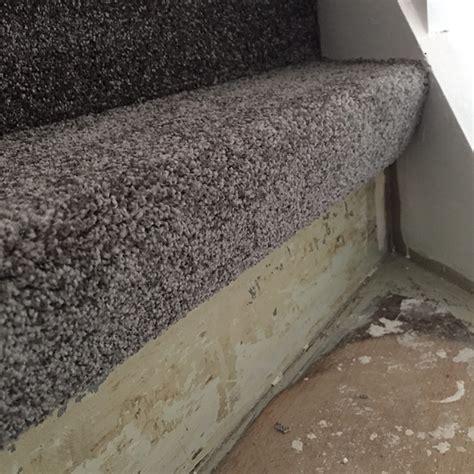 Teppich Auf Treppe Kleben Dann Wollen Wir Mal