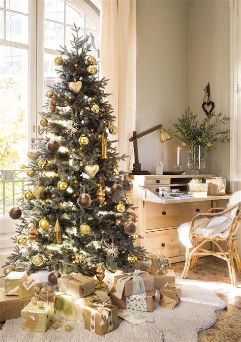 como decorar tu casa de navidad decora tu casa de navidad con dorado