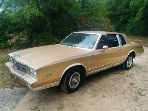 two owner car 1985 chevrolet monte carlo