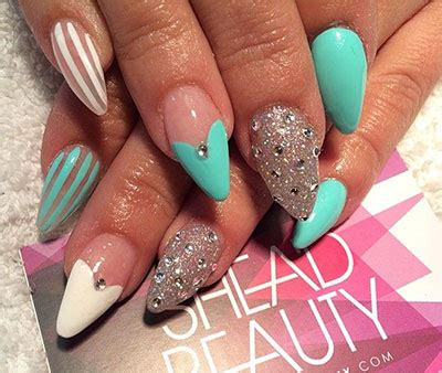 7 Fabulous Nail Trends To Try This Season by Gel Nail Designs For Winter 2014 16 Snowflake Nail