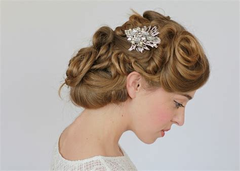 Vintage Wedding Hair Pieces by 10 Creative Something Items For Brides
