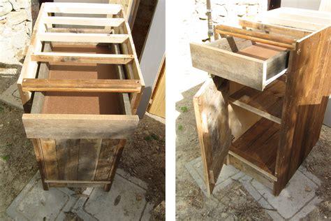 mobili fatti con i bancali costruire mobili con bancali xi78 187 regardsdefemmes