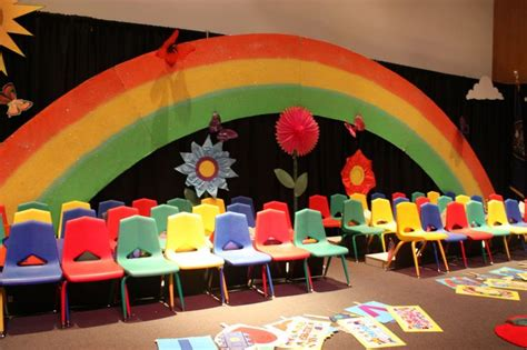 Playgroup Decoration by Preschool Graduation Programs So Amazing And I Just