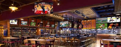 top sports bars in las vegas super bowl las vegas 2017 best parties and places to watch