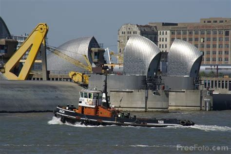 thames barrier used the thames barrier pictures free use image 31 69 1 by
