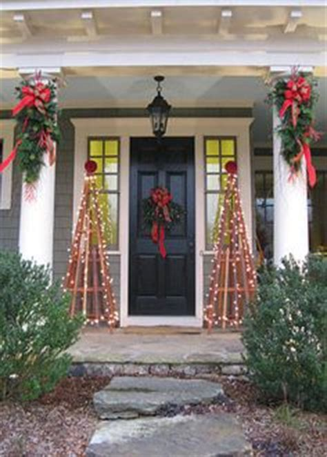 christmas decorating outdoor columns 1000 images about home on venetian gold granite venetian and front porches