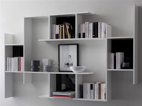 libreria a parete sospesa libreria a giorno a parete sospesa in legno by