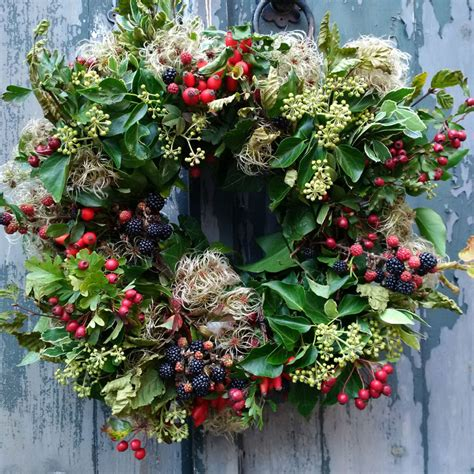 christmas items you tube wreaths wreath workshop