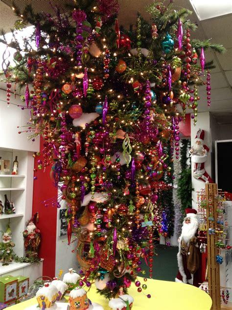 tree up hamilton grinchmas tree city lights