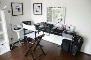 besta burs desk ikea besta burs desk high gloss buy sale and trade ads