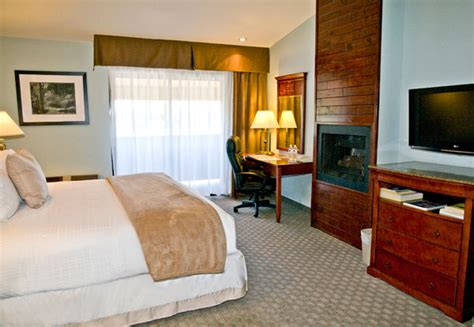 Hotel Rooms With Fireplaces by Top Notch Rooms From The Best Hotels In Gilroy Ca