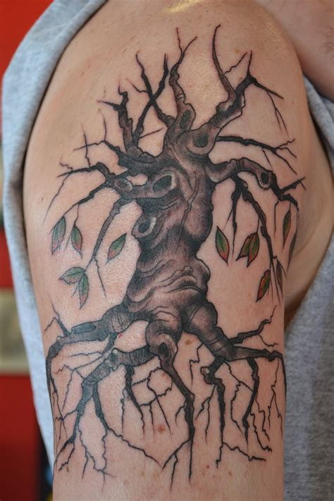 arm tattoo family tree upper arm family tree tattoo real photo pictures images