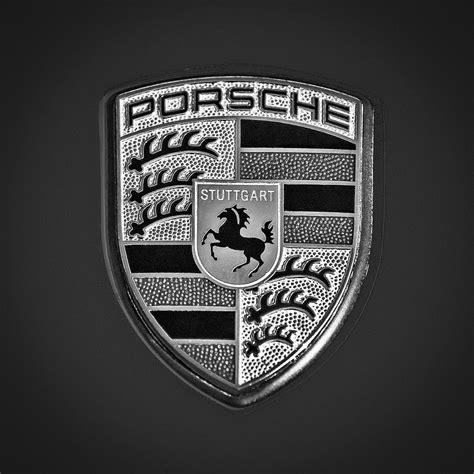 porsche usa emblem porsche hood emblem 0674bw55 by jill reger