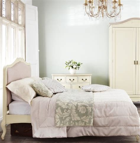 shabby chic chagne upholstered 5ft king size bed