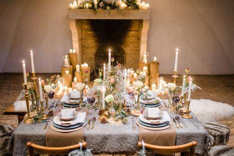 edding tafel centerpieces op de dinertafel op je bruiloft