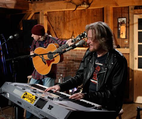 live from daryls house live from daryl s house with daryl hall photo gallery