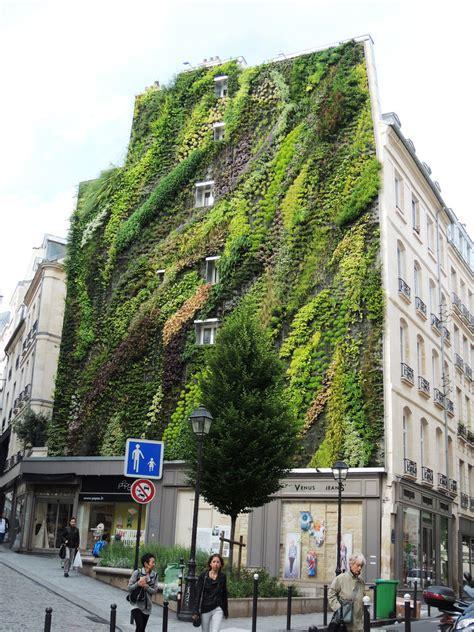 Blanc Vertical Garden Construction L Oasis D Aboukir Angle Rue D Aboukir Rue Des