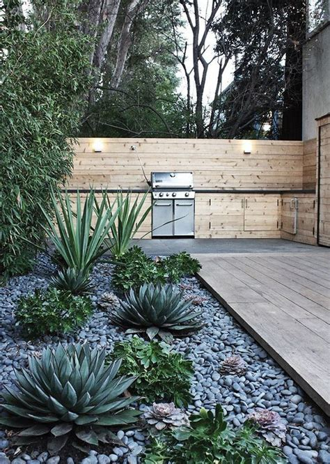 what to plant on west side of house 1000 ideas about desert landscape on pinterest landscaping desert gardening and