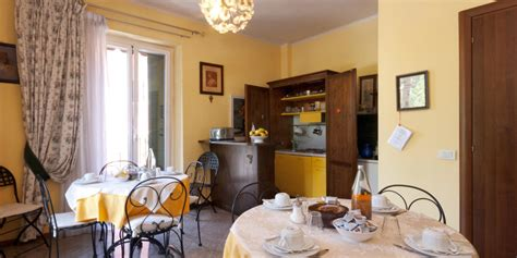 lungadige porta vittoria bed and breakfast verona b b booking in verona