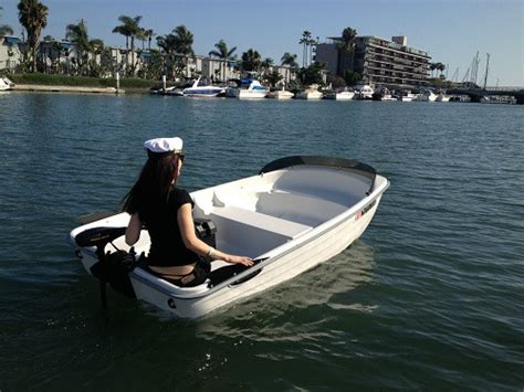 water dinghy boat sun dolphin water tender rowboat smallboater