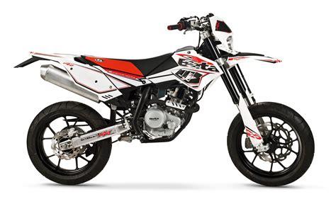 Gr E Motorrad Nummernschild by Beta Rr Motard 125 4t Lc Bilder Und Technische Daten