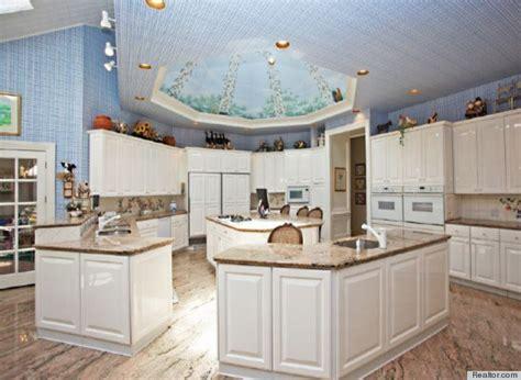 Eat In Kitchen Designs