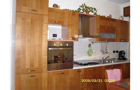 appartamenti in vendita monza e brianza privato vende appartamento tre locali a desio annunci
