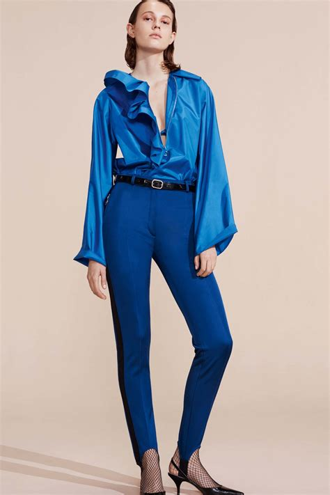 Blus Fashion2 ricci resort 2017 collection vogue